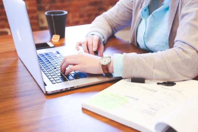 Business, allez vite sur les réseaux sociaux