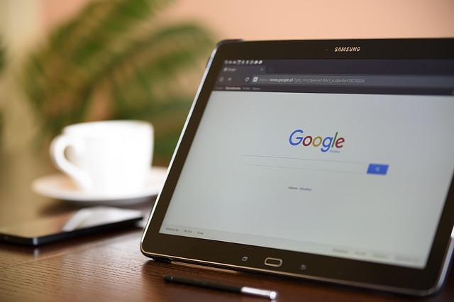 Google, le moteur de recherche, acteur principal pour le référencement SEO SEA
